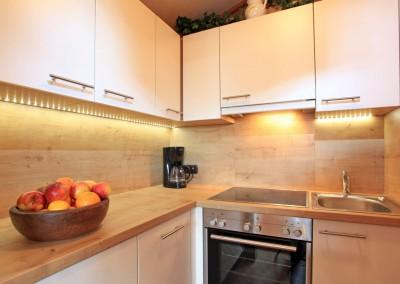 Appartement-Franziska-Fischler-Angerer-Sabine-Bergliftstrasse-3-Westendorf-Kueche-neu
