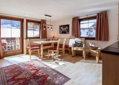 Appartement_Franziska_Bergliftstrasse_3_Westendorf_03_2021_Appartement_1_Wohnkueche