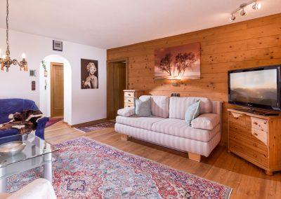 Appartement_Franziska_Bergliftstrasse_3_Westendorf_03_2021_Appartement_5_Wohnzimmer